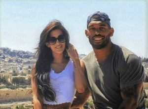 Claudia Sampedro Julius Peppers