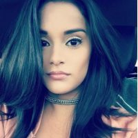 Robin Lopez Christine Vargas 4 200x200