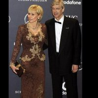 Arsene Wenger Ex Wife Daughter Girlfriend 4 200x200