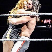 Seth Rollins Becky Lynch 4 200x200