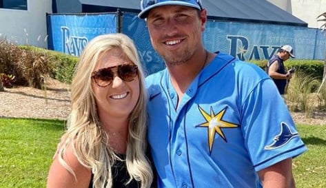 Courtney Renfroe is the lovely wife of MLB player, Hunter Renfrow -a professional outfielder currently playing with the Tampa Bay Rays.