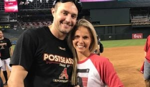 Kate Newall is the lovely wife of MLB star, AJ Pollock -whom you may recognize best as a center currently playing for the Los Angeles Dodgers.