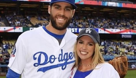 Noel Taylor is the gorgeous sister of MLB player, Chris Taylor -the utility player currently signed to the Los Angeles Dodgers.